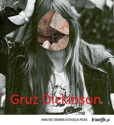 Gruz Dickinson