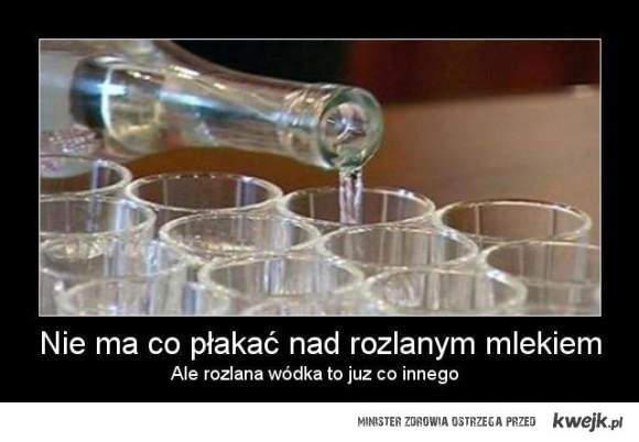 rozlana wódka