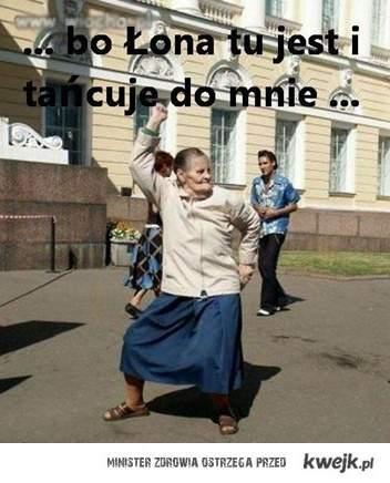 Łona tańczy