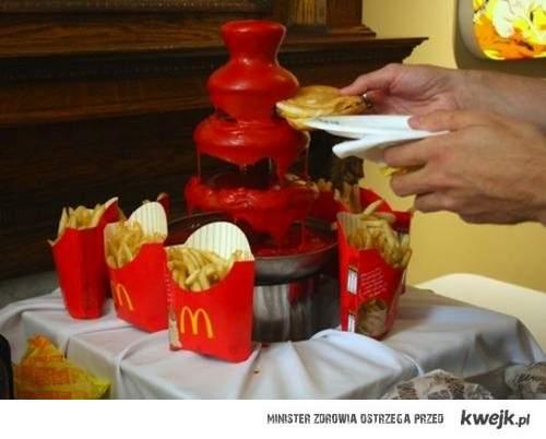 Fontanna ketchupu