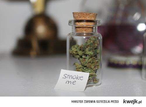 smoke me :3