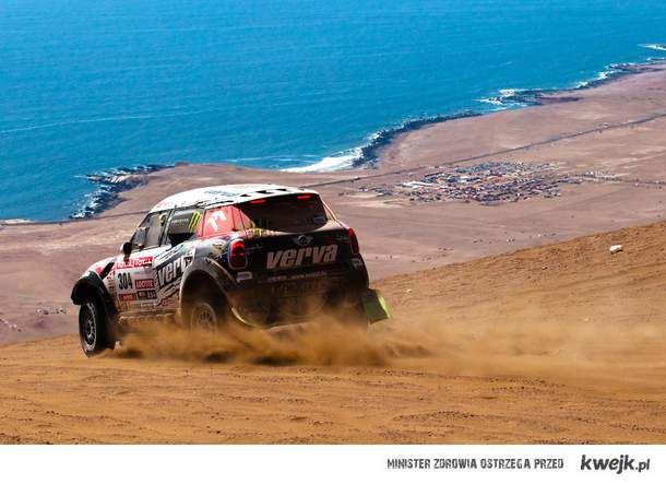 Dakar < 3