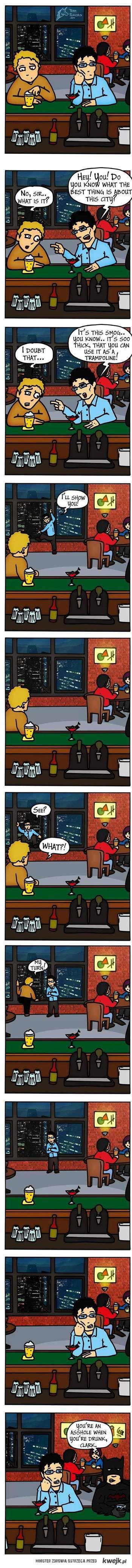 w barze