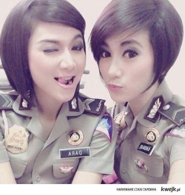 Indonezyjskie policjantki