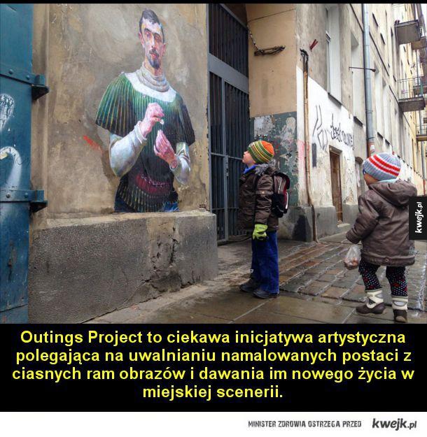 Z muzeum na ulice - Outings Project to ciekawa inicjatywa artystyczna polegająca na uwalnianiu namalowanych postaci z ciasnych ram obrazów i dawania im nowego życia w miejskiej scenerii. Postaci najpierw są fotografowane na obrazie, potem ich zdjęcia są drukowane i wycinane,
