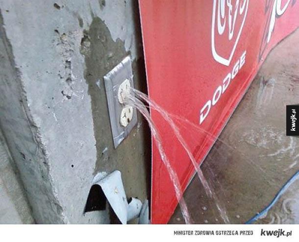 Garść faili budowlanych, część II - budowle, tory, kibel, kontakt, woda, kran