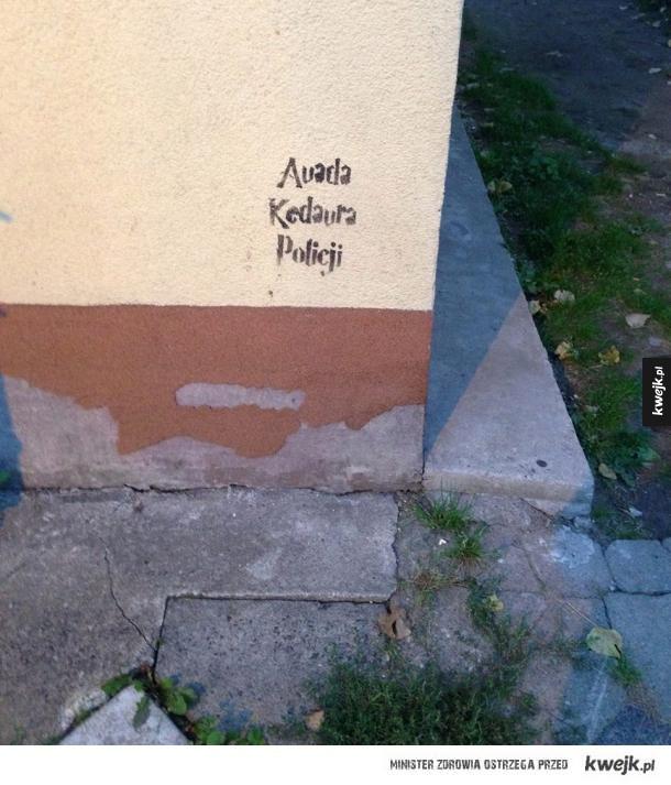 Poezja z murów...