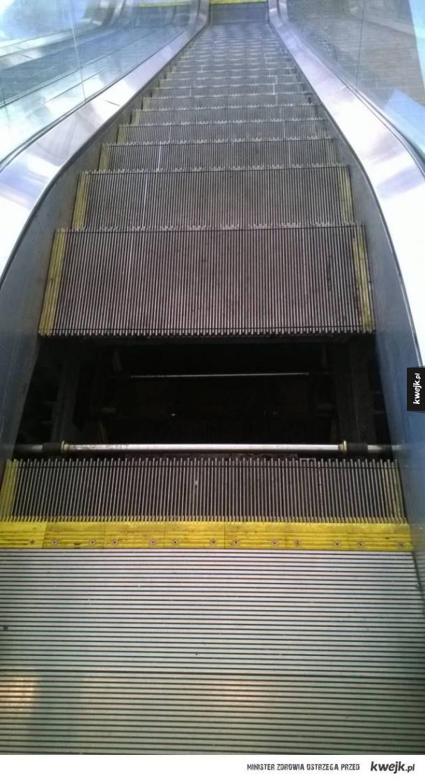 Od dzisiaj boję się ruchomych schodów