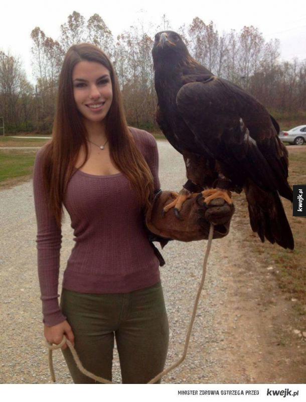 Ładna pani z orłem
