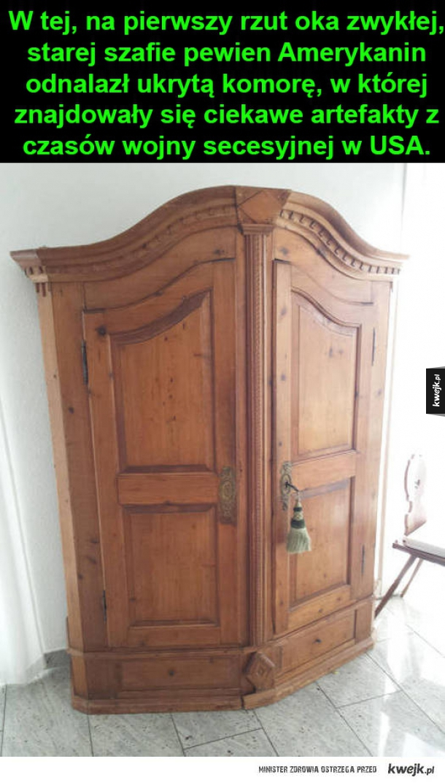 Schowek w starej szafie