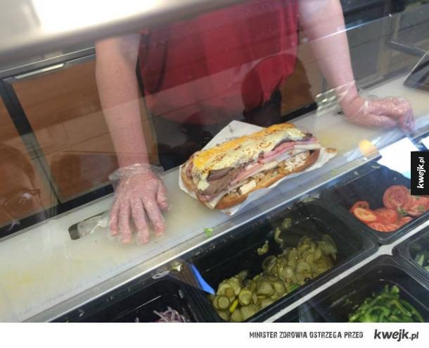 """""""Poproszę kanapkę ze wszystkim"""""""