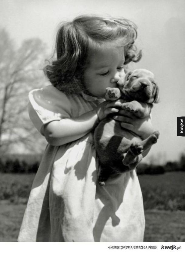Stare portrety dzieci i ich psów