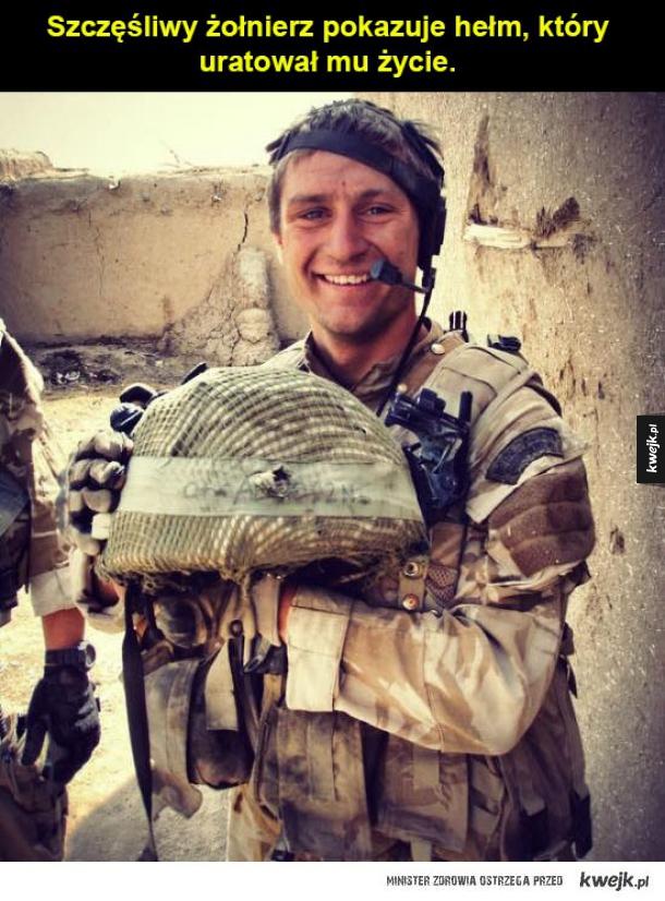 szczęśliwy żołnierz