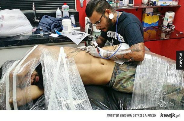 jak przetrwać tatuowanie