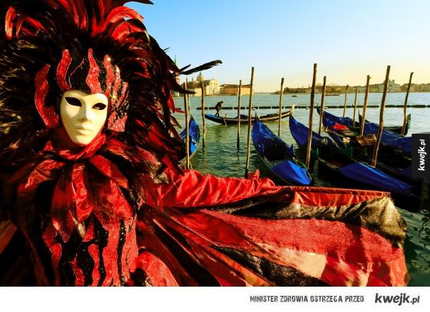 Weneckie stroje i maski karnawałowe
