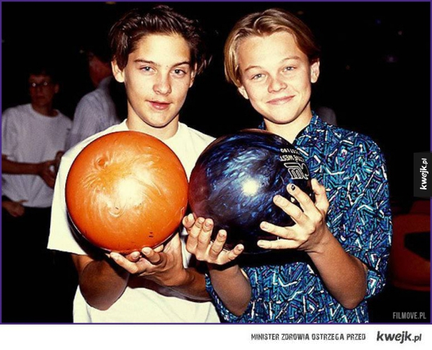 Młody Tobey i Leo