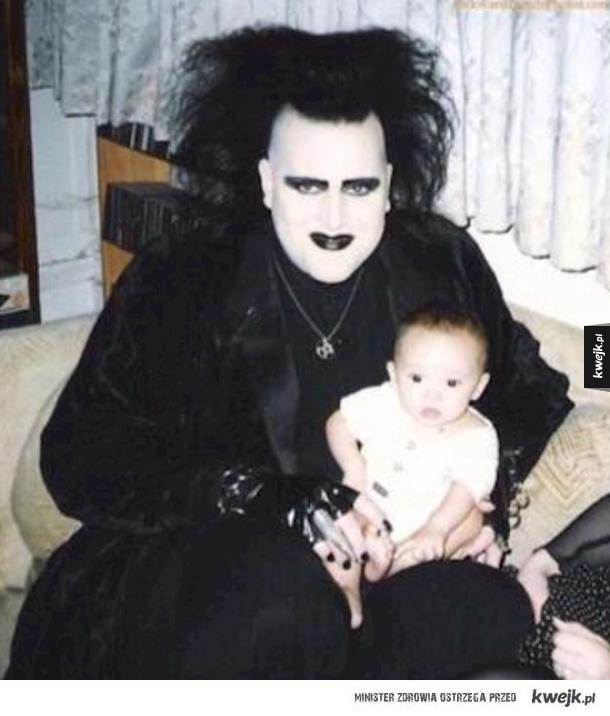 Naprawdę dziwne rodzinne fotki