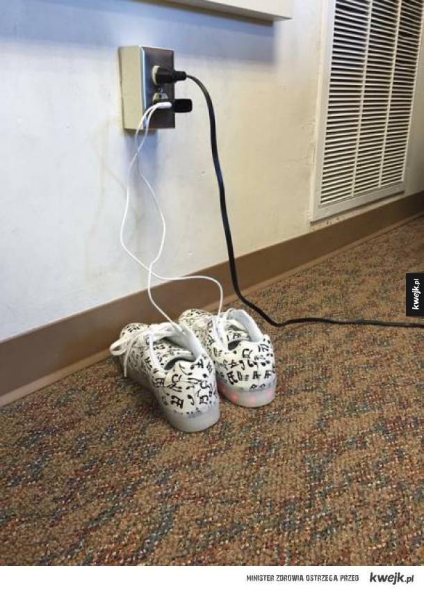 Ładowanie butów