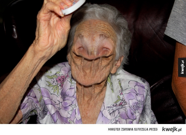 Oto twarz po 40 latach palenia