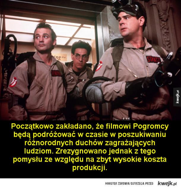 Ciekawostki o Pogromcach duchów - Bill Murray zgodził się na udział w filmie pod warunkiem, iż wytwórnia Columbia (odpowiadająca za Pogromców duchów) wykona remake filmu Ostrze brzytwy z nim w roli głównej. Film powstał w 1984 roku.  Początkowo zakładano, że filmowi Pogromcy będą podróżowa