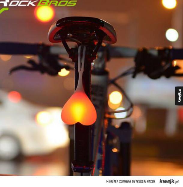 "Lampka do roweru w kształcie ""serca"" :D"