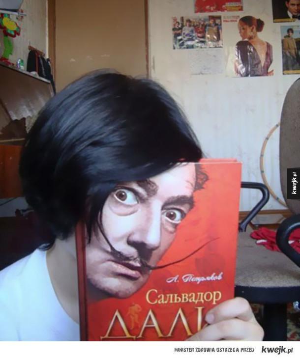Perfekcyjnie zdjęcia z okładkami książek