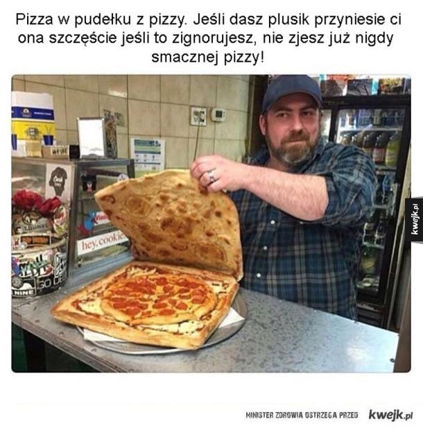 Pizza w pudełku z pizzy