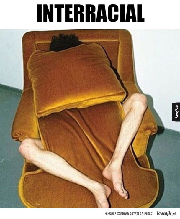 Egzotyczna zabawa z fotelem