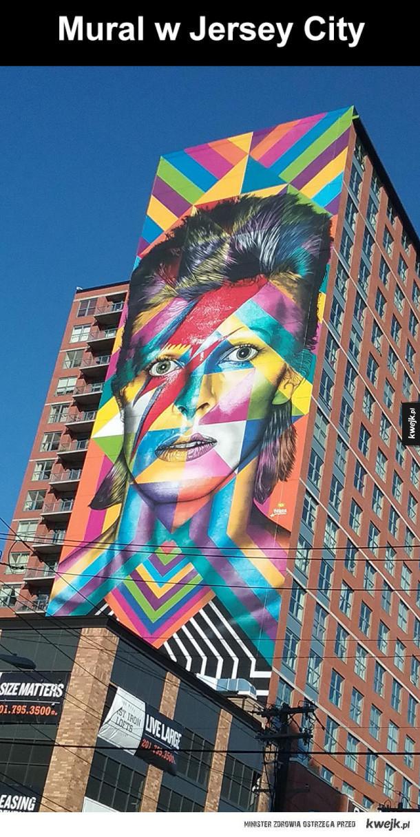 mural davida bowiego