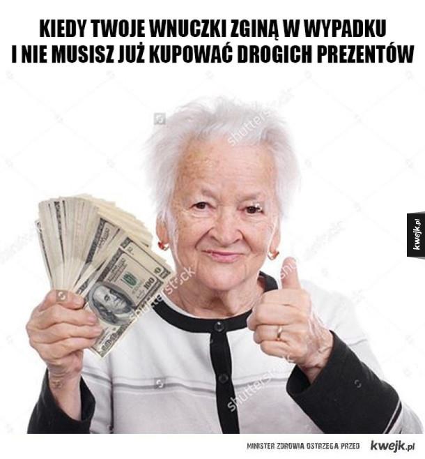 Zadowolona babcia