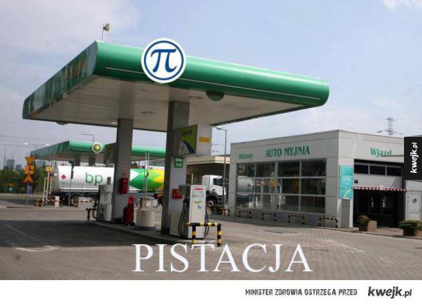 Stacja benzynowa i liczba pi. Pistacja. Taki śmieszny suchar. Hehe :_: