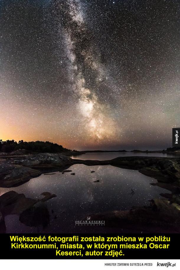 Nocne, rozgwieżdżone niebo nad Finlandią to najpiękniejszy widok, na jaki natknąłeś się dziś w internecie