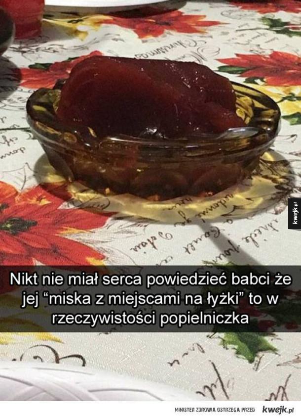 Miska z miejscami na łyżki