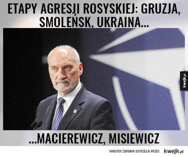 Macierewicz odleciał nakonferencji w Monachium