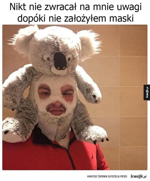 Założyłem maskę
