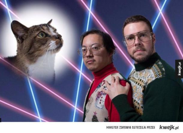 Faceci i ich epickie (i dziwne) zdjęcia z kotami