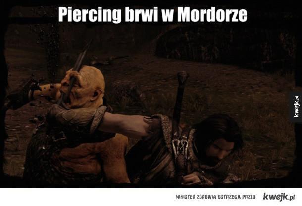 Elegancki piercing