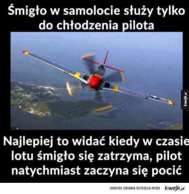 panie pilocie dziura w samolocie