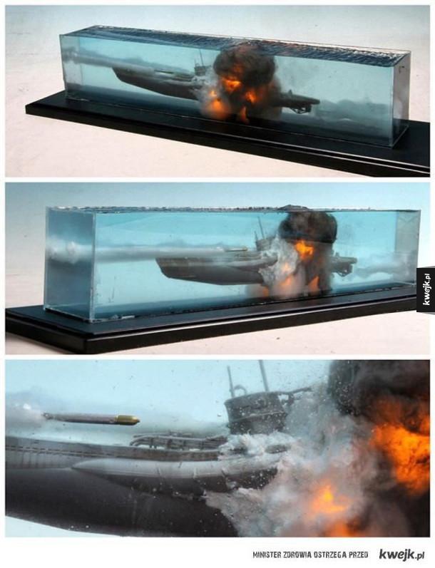 Model wybuchającej łodzi podwodnej