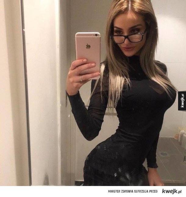 Seksowne okularnice