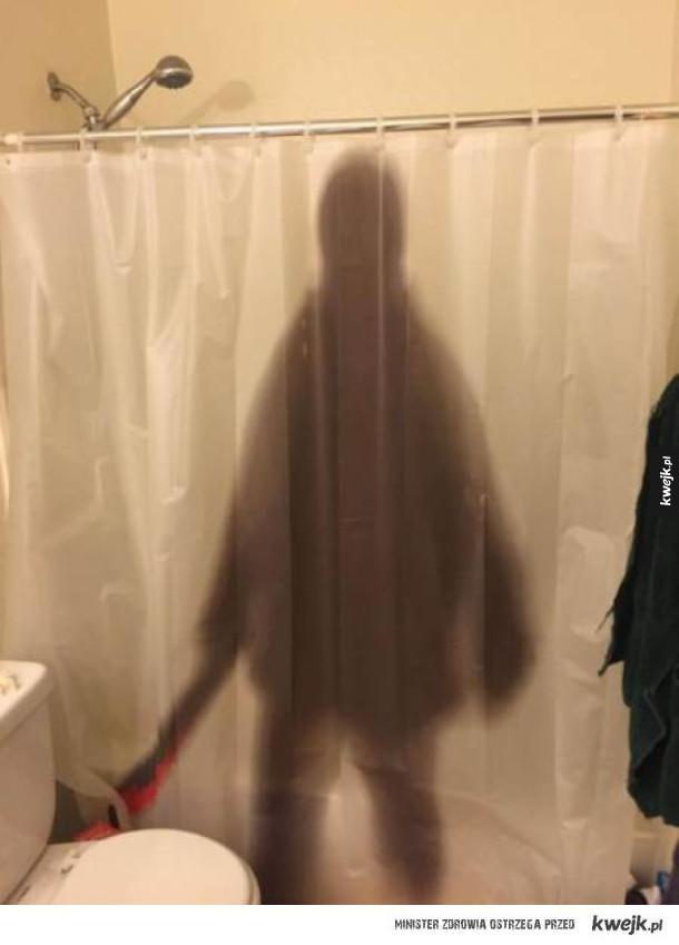 Zasłony prysznicowe dla ludzi z poczuciem humoru