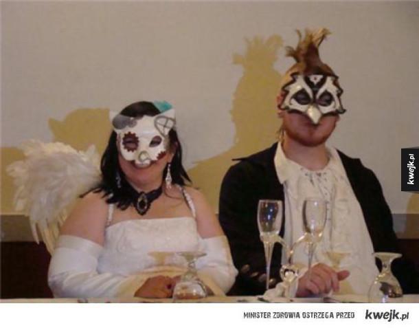 Dziwne i śmieszne zdjęcia ślubne