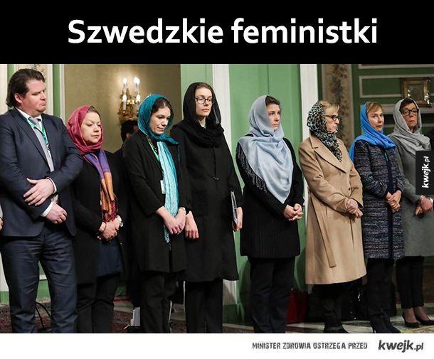 Szwecja powstaje z kolan