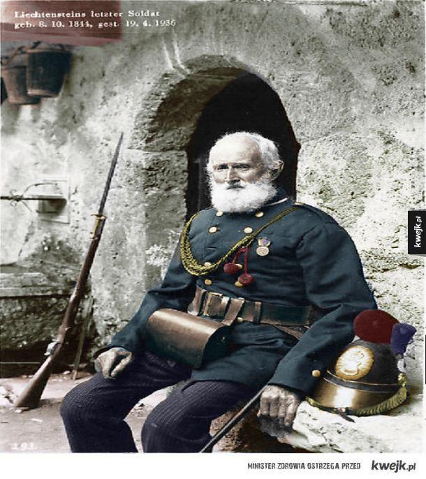 Ostatni żyjący żołnierz Księstwa Liechtensteinu w pełnym mundurze, 1936 r.