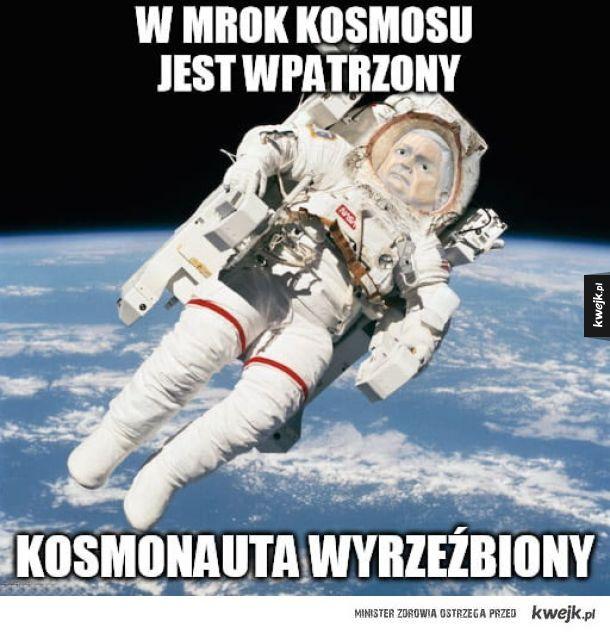 Kosmonauta wyrzeźbiony