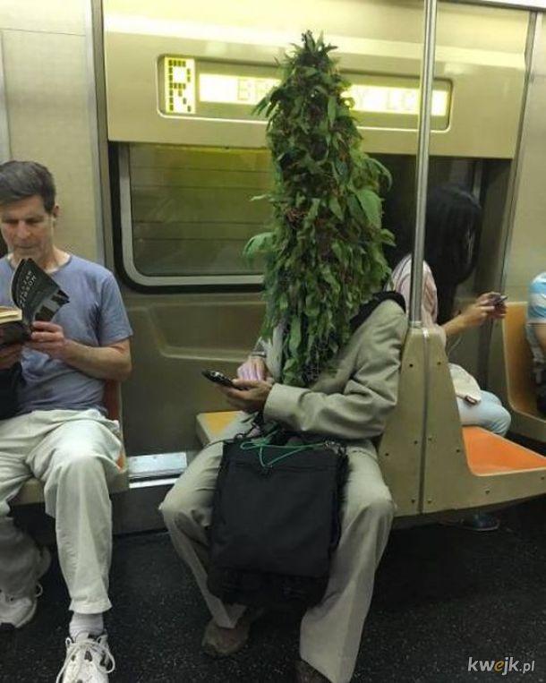 Dziwne sytuacje i dziwni ludzie w metrze