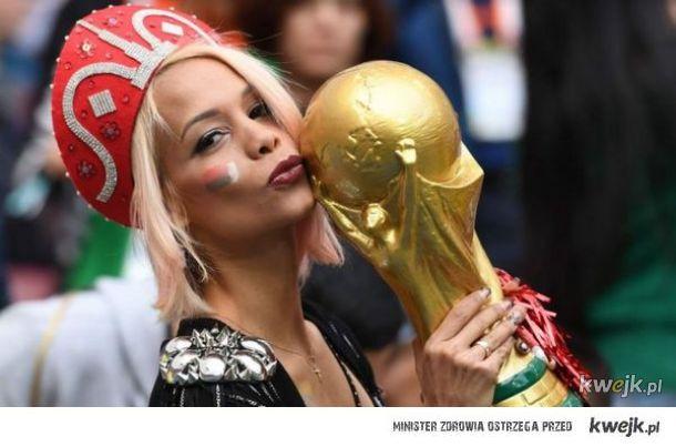 Najpiękniejsze kibicki na trybunach podczas Mistrzostw Świata