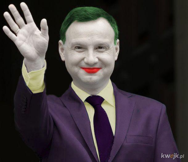 ,,Joker'' to po polsku ,,Śmieszek''