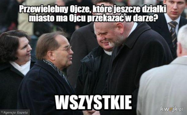 Ojciec Tadeusz w posiadaniu wszystkich działek w Toruniu