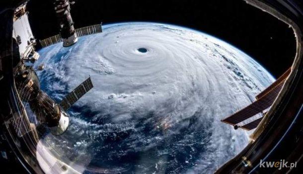 Japoński tajfun widziany z kosmosu